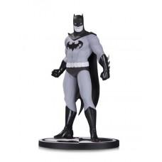 BATMAN BLACK & WHITE STATUE BATMAN BY AMANDA CONNER