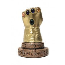 MARVEL COMICS INFINITY GAUNTLET PX DESK MONUMENT