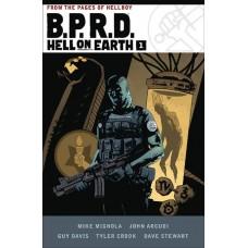 BPRD HELL ON EARTH HC VOL 01