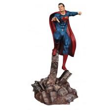BVS SUPERMAN 1/8 SCALE RESIN MODEL KIT