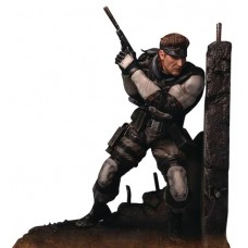 METAL GEAR SOLID SNAKE STATUE (Net)