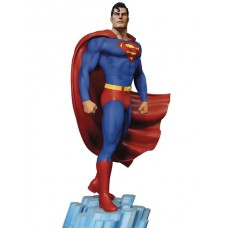 DC SUPER POWERS COLL SUPERMAN 17IN MAQUETTE