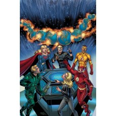 CRISIS ON INFINITE EARTHS ARROWVERSE DLX ED HC @A
