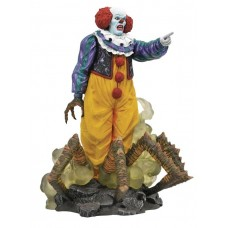IT 1990 GALLERY PENNYWISE PVC STATUE @W