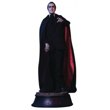 SCARS OF DRACULA COUNT DRACULA 1/4 POLYRESIN STATUE (Net)