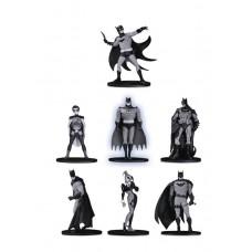 BATMAN BLACK & WHITE MINI PVC FIGURE 7 PACK SET 2