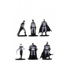 BATMAN BLACK & WHITE BLIND BAG MINI FIGS W 3 (18 PCS CASE) @U