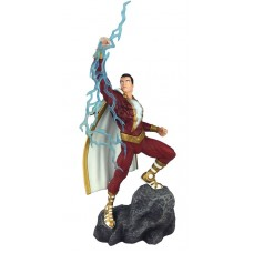 DC GALLERY SHAZAM COMIC PVC FIGURE