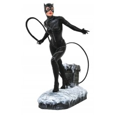 DC GALLERY BATMAN RETURNS MOVIE CATWOMAN PVC STATUE (C: 1-1-