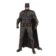 JUSTICE LEAGUE MOVIE BATMAN ARTFX+ STATUE