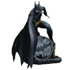 FFG DC COMICS COLL BATMAN 1/6 PVC FIG (Net)